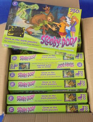 10x Scooby Glow in the Dark jigsaws