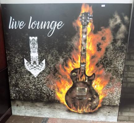 Approx. 5ft x 5ft 'Live Lounge' sign
