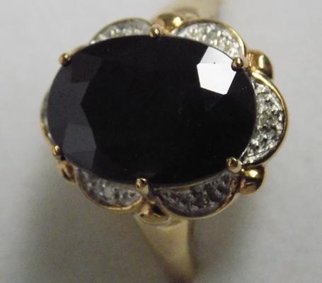 9ct Gold sapphire & diamond cluster ring-Princess Diana style-size V1/2