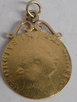 George III 22ct gold full Guinea-mount for fob, total weight 8.83gms