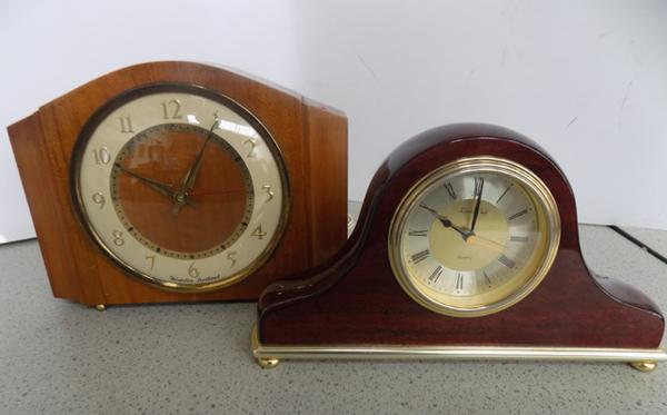Vintage electric mantle clock + one other - W/O
