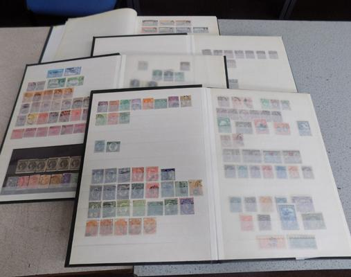 4 Albums of Commonwealth stamps