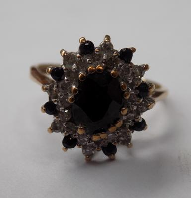 Vintage 9ct gold sapphire & clear stone cluster ring, approx. 2.3 grams