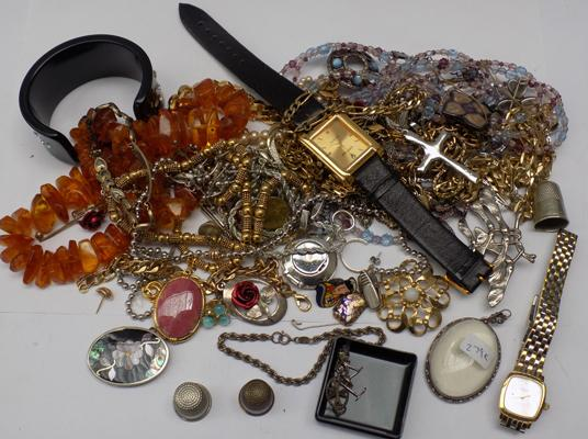 Selection of mixed costume jewellery inc silver