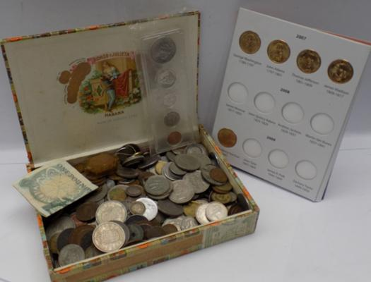 2Kg of World coins-mixed selection in Habana cigar box