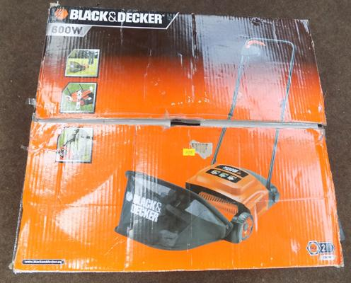 Black and Decker 600w lawnmower in working order