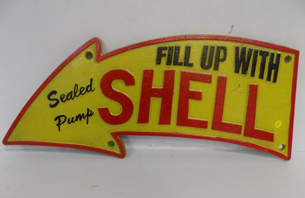 Cast iron Fill up with Shell arrow sign 40cm