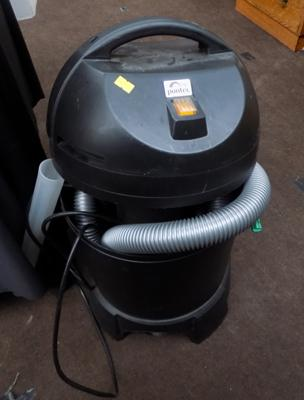 Pontec pond vacuum cleaner with pipes