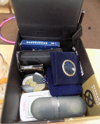 Box of gents items