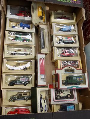 Box of boxed diecast cars and vans (21)
