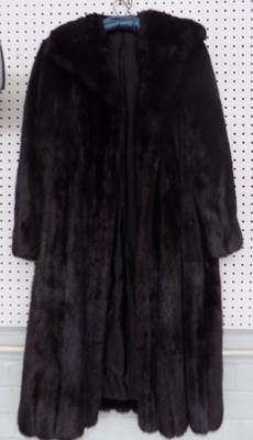 Vintage hand made Mink coat in very good condition ( Black Glama)