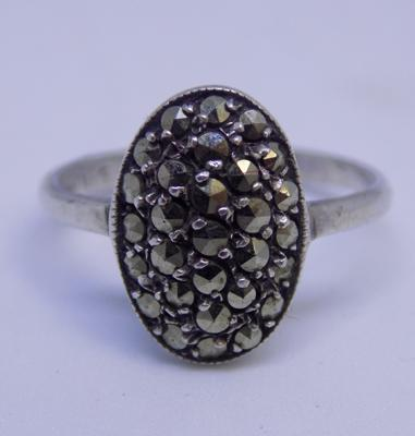 Silver Art Deco style ring with marcasite detail