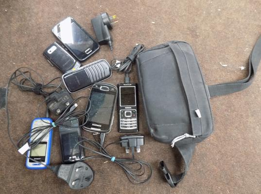 Job lot of mobile phones + Polar EPS watch (some chargers)