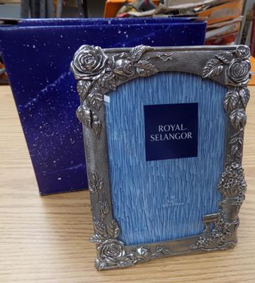 Boxed pewter photo frame