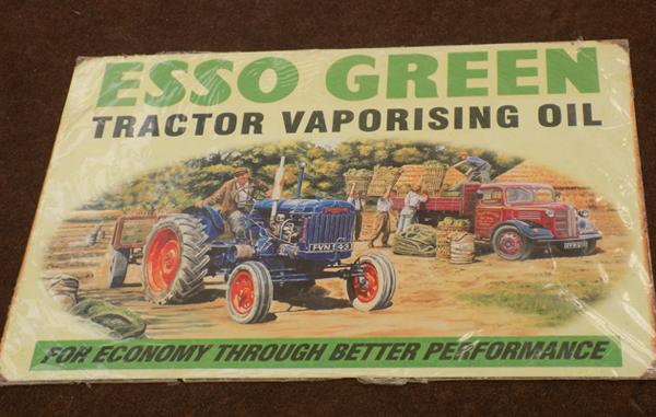 Metal sign - Esso green tractor