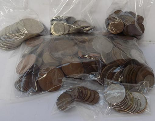 Coin collection of Crowns, sixpences & foreign + USA wheat cents