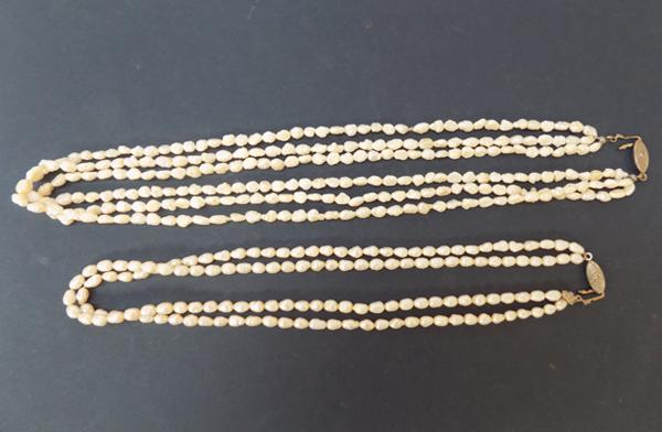A fresh water pearl necklace 'Double' and a fresh water pearl necklace 'Triple'