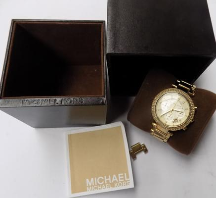 Micheal Kors ladies watch in box with paperwork