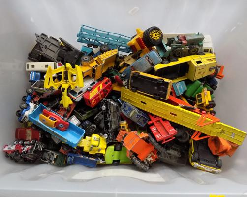 Large tub of Diecast, Corgi, Dinky and Longstarter