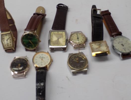 Job lot of nine assorted vintage watches
