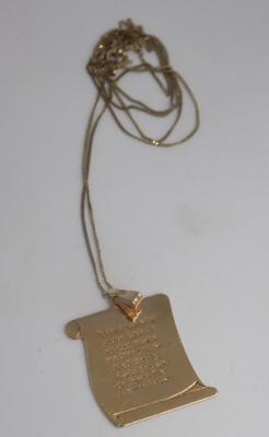 9ct gold chain & pendant/scroll with verse