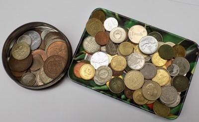 Selection of mixed coins, incl. silver