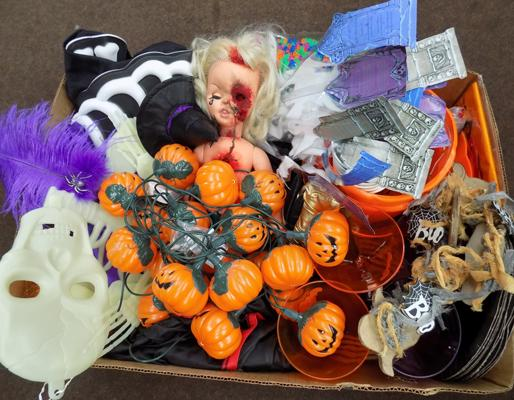 Selection of Halloween related items, incl. costumes, party bits & pieces & lanterns
