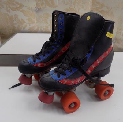 Roller boots size 37
