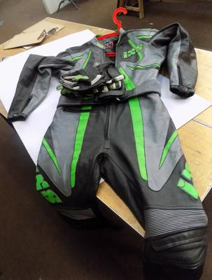 Motorbike leather set with gloves