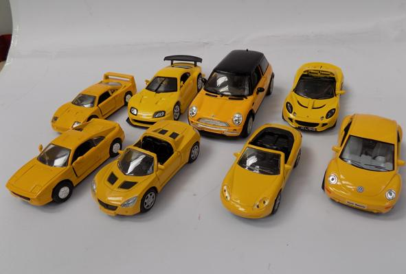8 precision Diecast cars as new - various scales