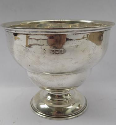 Antique silver bowl-London 1904 approx 115gms