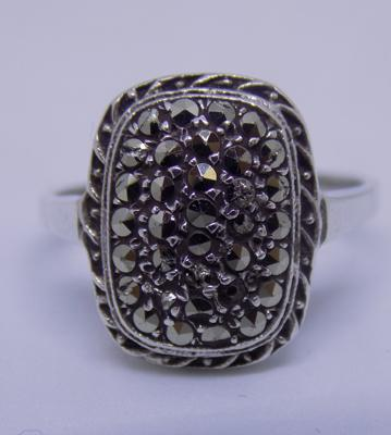 925 tested white metal marcasite ring, size L 1/2