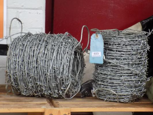 2x Rolls of barbed wire
