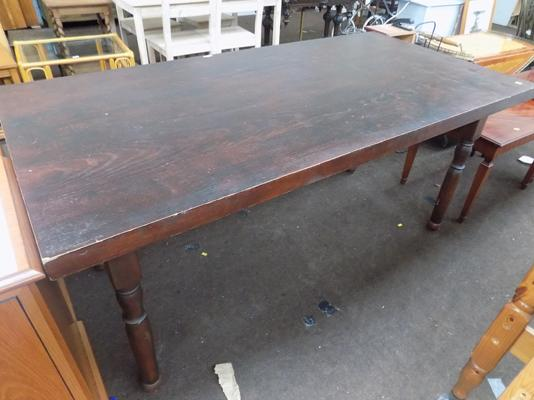 Large farmhouse table 67 inches x 34 inches