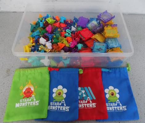 Approx 131 x Star monsters/ 4 bags/ 31 cardholders