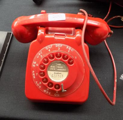 Red GPO phone