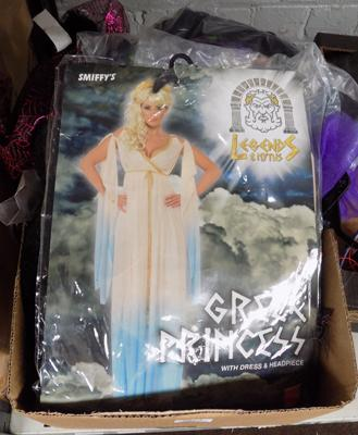 Box of Halloween items, incl costumes