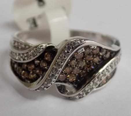 Silver white and Cognac ring