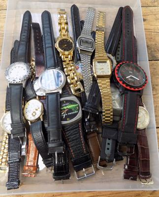 Tray of watches W/O