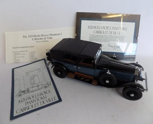 Franklin mint 1929 Rolls Royce Phantom 1 deville with paperwork and certificates