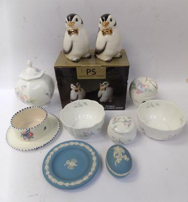 Selection of ceramics including; Aynsley, Wedgwood, Poole and Portmerion