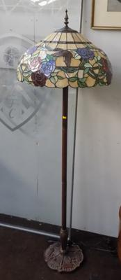 Standard lamp with Tiffany style lampshade