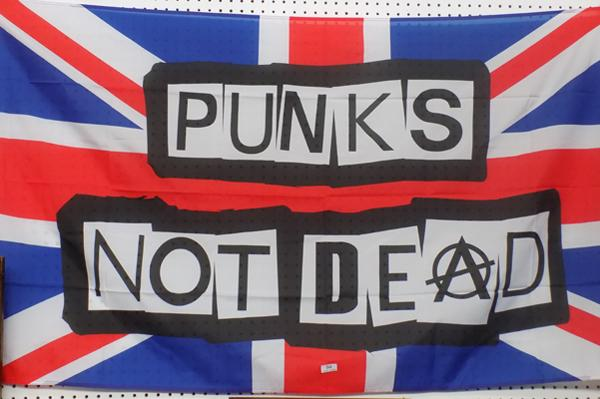 'Punks not dead flag' - 5 foot by 6 foot