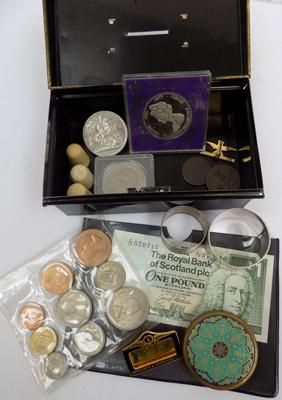 Selection of collectables, incl. Georgian coins