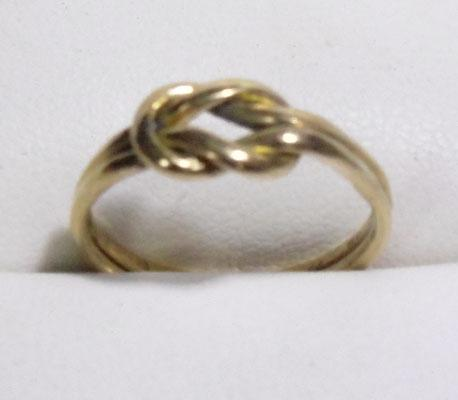 9ct gold knot ring - size G