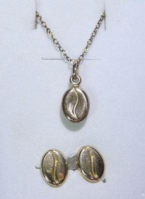 9ct gold coffee bean necklace and matching earrings