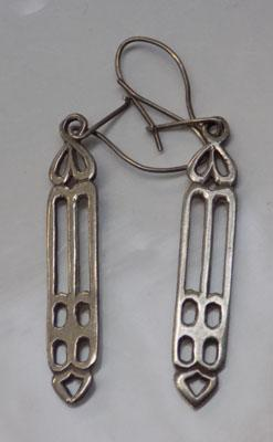 Pair of Rennie Mackintosh style earrings in 925 silver