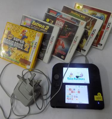 Yo-kai watch edition Nintendo 2 DS with 7 games (with charger) in working order