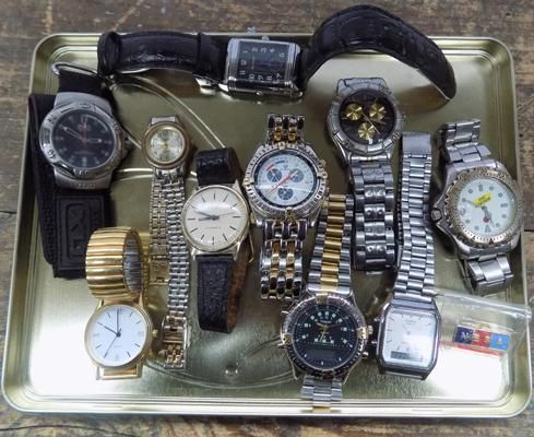 Quantity of named watches, incl. Cisco