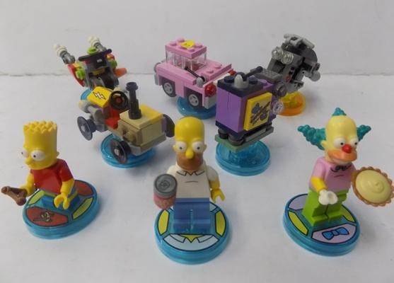 Lego Dimensions - Simpsons characters, vehicles and game disks